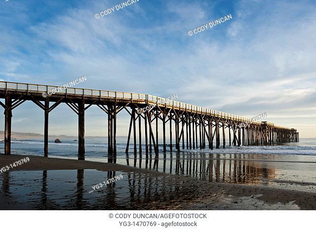 Pier at Hearst Memorial State Beach, San Simeon, California