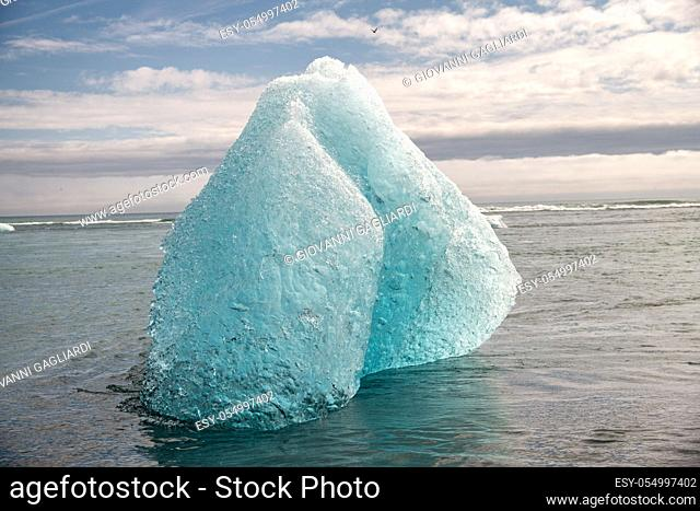Jokulsarlon lagoon with floating icebergs, Iceland