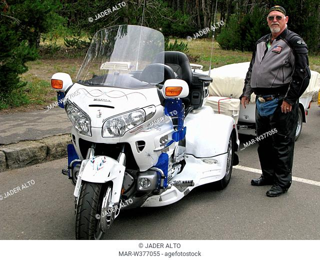 usa, wyoming, parco nazionale di yellowstone, motociclisti