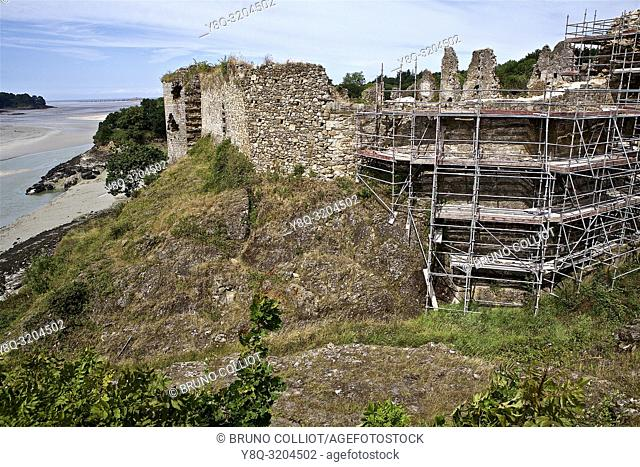 restoration of the ruins of the castle of Gilles de Bretagne, the Guildo, cote d'armor, brittany, france