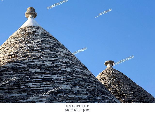 Roof of traditional trullos (trulli) in Alberobello, UNESCO World Heritage Site, Puglia, Italy, Europe