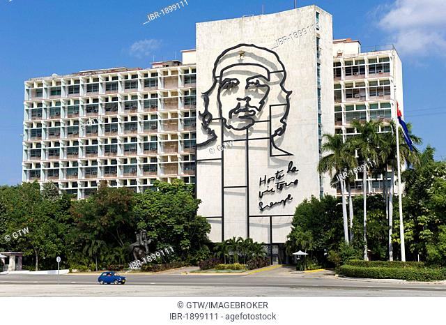 Ministry of the Interior with a representation of Che Guevara, Plaza de la Revolucion, Havanna, Cuba