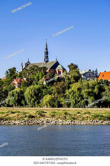 Poland, Swietokrzyskie Voivodeship, Sandomierz Cityscape with Cathedral, Vistula River