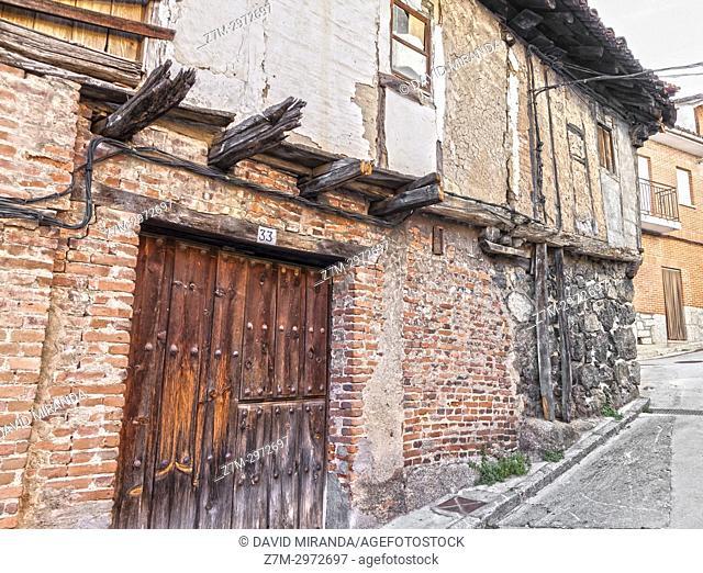 Popular architecture. San Esteban del Valle. Barranco de las cinco villas. Valle del Tiétar. Provincia de Ávila, Castile-Leon, Spain