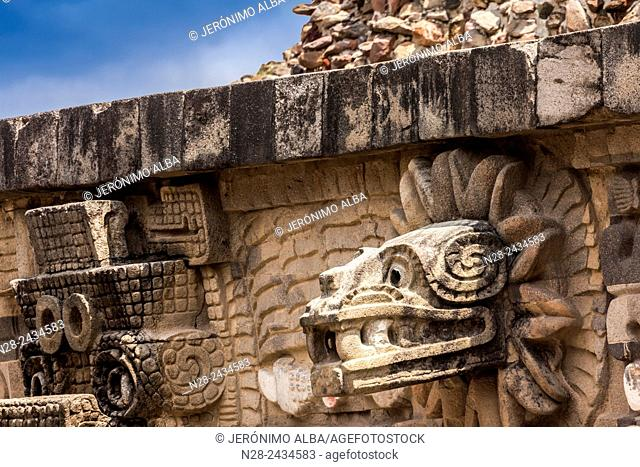 Quetzalcoatl head, Temple of the Feathered Serpent, Teotihuacan archaeological site, Unesco World Heritage Site, Mexico