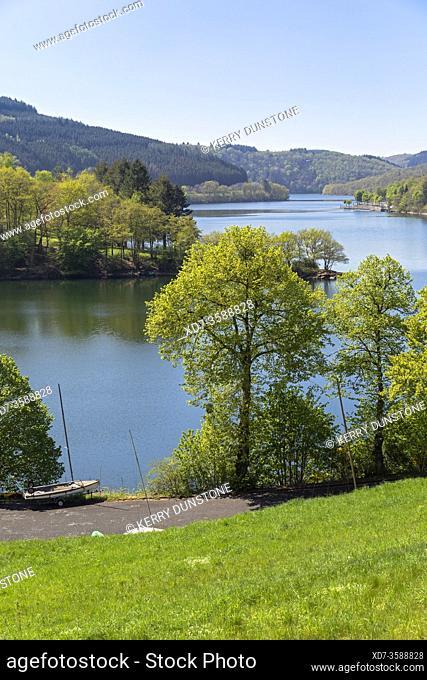 Europe, Luxembourg, Diekirch, Lultzhausen, Views of Lac Sure and Ningserbaach