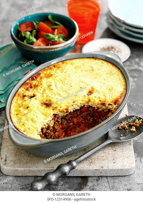 Pie with mince, vegetables, chilli and mashed potatoes