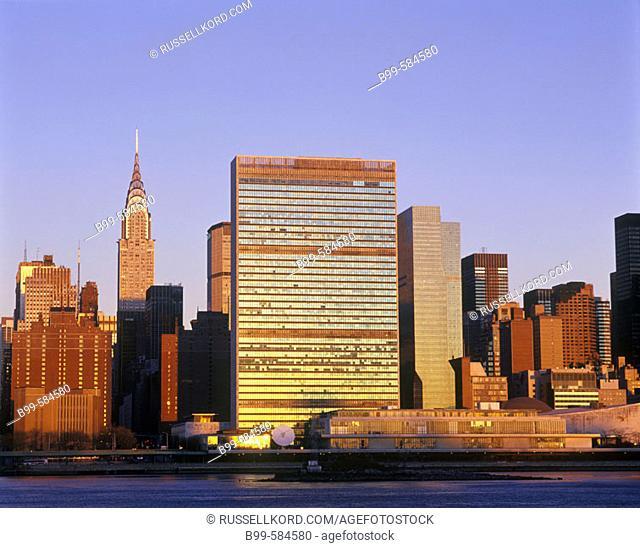Chrysler & United Nations Buildings, Mid-town Skyline, Manhattan, New York, Usa