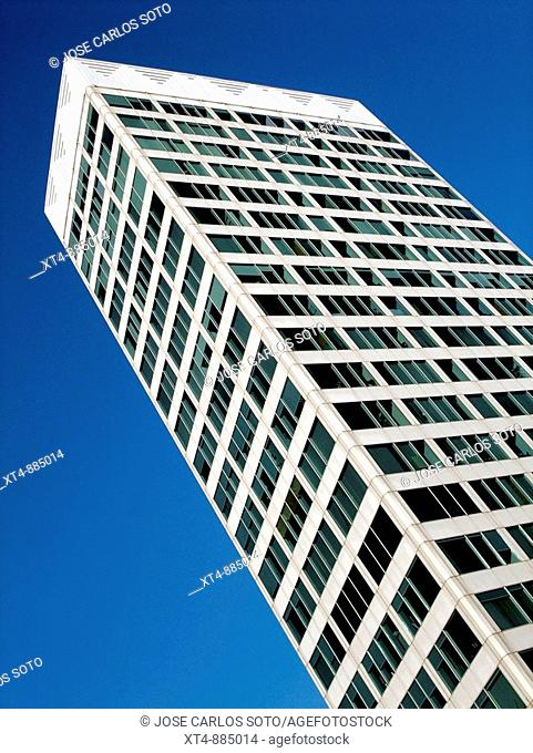 modern architrcture in barcelona