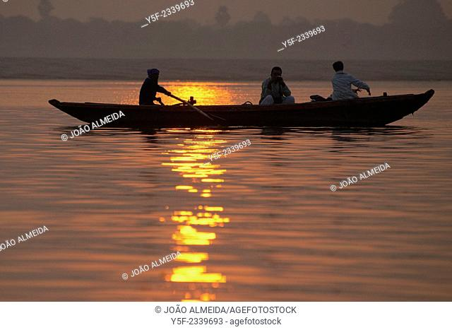 Rowboats at the Ganges earlt in the morning