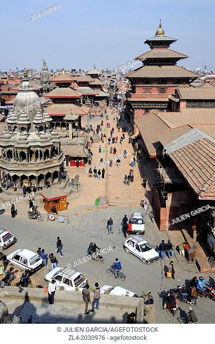 Patan Durbar Square during a winter morning, from above. Nepal, Kathmandu, Patan, Durbar Square.1015