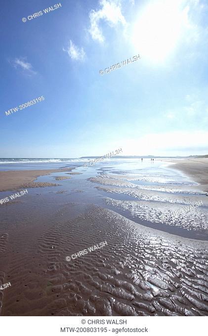 Lunan bay blue sky sunshine beach summer