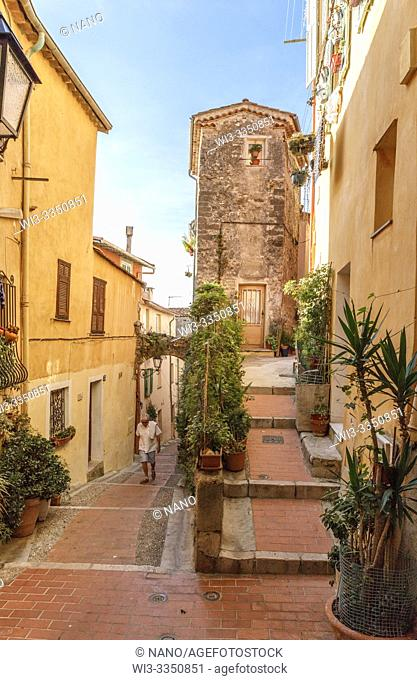 France, Alpes Maritimes, Menton, alley with steps in the old town, Rue du Vieux Chateau