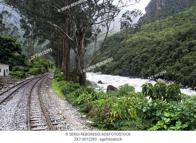 Inca Trail. Peru Luxury train from Cuzco to Machu Picchu. Orient Express. Belmond. Since the route by which the train passes is possible to see some parts of...