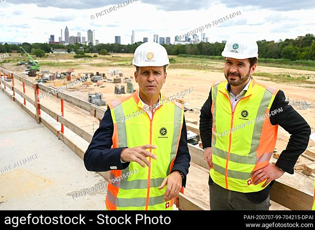 07 July 2020, Hessen, Frankfurt/Main: Oliver Bierhoff (l), Director of National Teams and Academy of the DFB, and Friedrich Curtius, DFB General Secretary