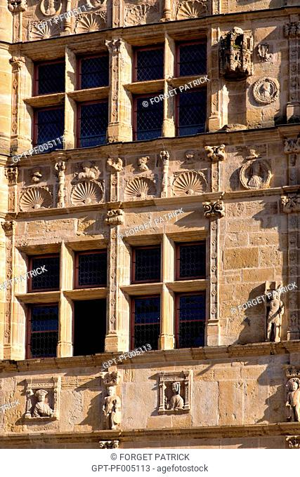 TOWN HALL IN THE FORMER HOME OF PIERRE JAYET, 16TH CENTURY RENAISSANCE STYLE, PARAY-LE-MONIAL (71), FRANCE