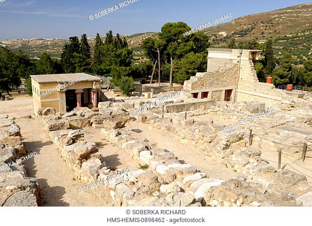 Greece, Crete, Knossos, archaeological site, ruins of the north entrance of the Palace of King Minos