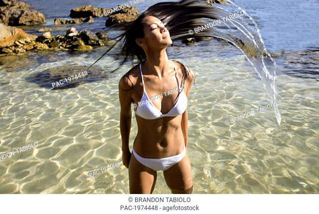 Hawaii, Oahu, Attractive Young Woman In The Water