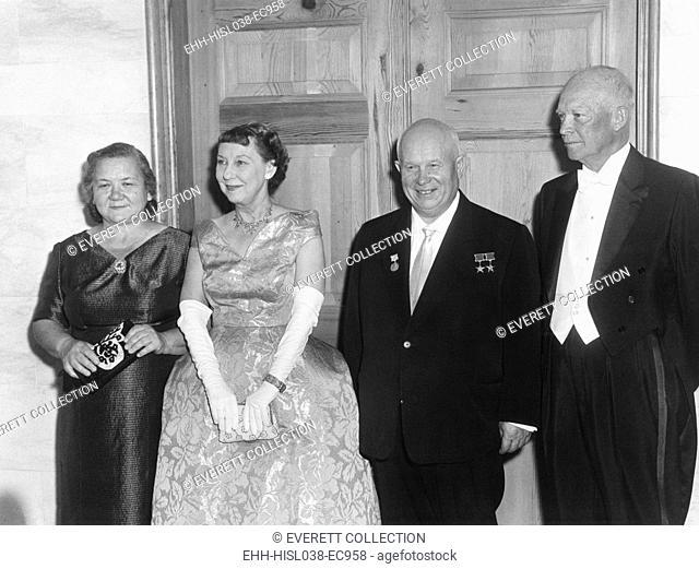 State dinner for Soviet leader at the White House. L-R: Nina Khrushchev, Mamie Eisenhower, Premier Nikita Khrushchev, President Eisenhower at the White House