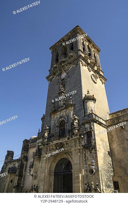Church of Assumption in Arcos de la Frontera, one of small white towns of Andalusia, Spain