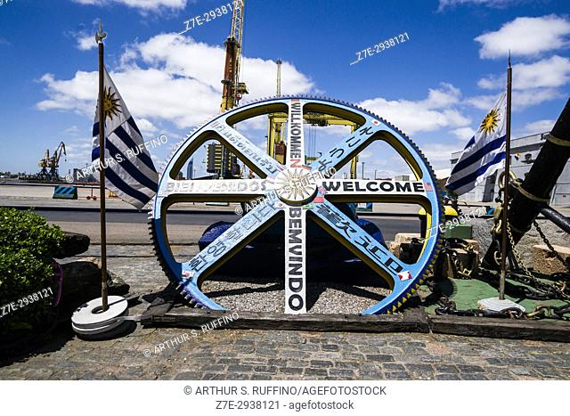 """""""""""""""""""""""Welcome"""""""" sculpture in port area, Montevideo, Uruguay, South America"""