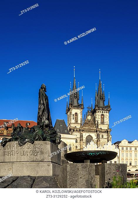 Jan Hus Monument and Church of Our Lady before Tyn, Old Town Square, Prague, Bohemia Region, Czech Republic