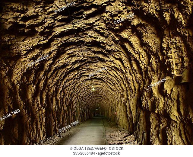 Tunnel, via verde Delta d'Ebro.Terra alta, Catalonia, Spain