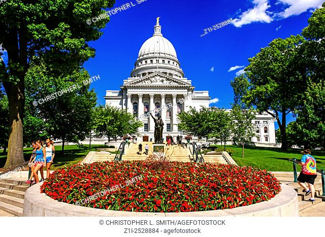 The exterior of the Wisconsin State Capitol building in Madison. Built in 1906 in the Beaux-Art style by George B. Post