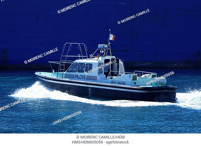 France, Bouches du Rhone, Marseille, 2nd arrondissement, Port Authority of Marseille, pilot boat