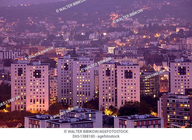 France, Puy-de-Dome Department, Auvergne Region, Clermont-Ferrand, city overview from Parc de Monjuzet, dusk