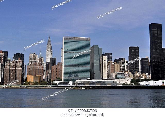 Skyline mit Uno-Gebäude und Chrysler Building, New York, USA