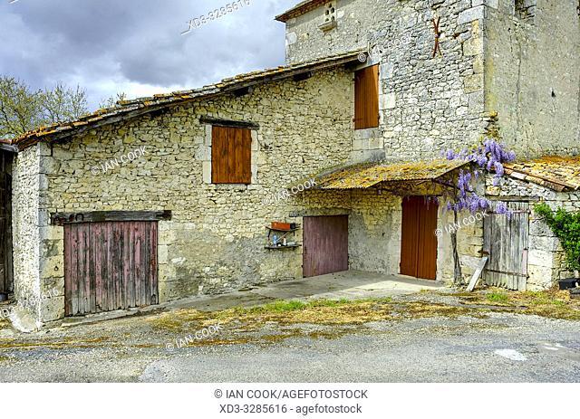 abandoned farm near Mescoules, Dordogne Department, Nouvelle Aquitaine, France