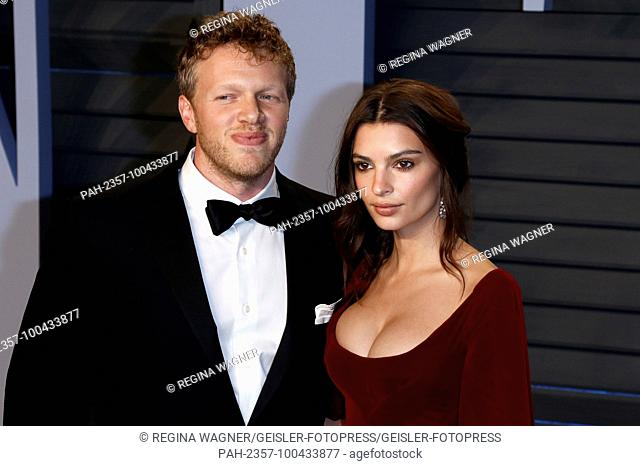 Sebastian Bear-McClard and Emily Ratajkowski attending the 2018 Vanity Fair Oscar Party hosted by Radhika Jones at Wallis Annenberg Center for the Performing...
