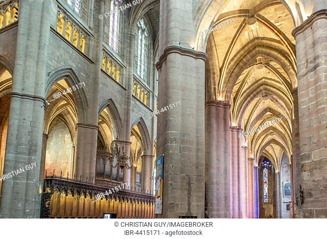 Interior view, Notre-Dame Cathedral, 12th-16th century, Rodez, Aveyron, Languedoc-Roussillon-Midi-Pyrénées, France