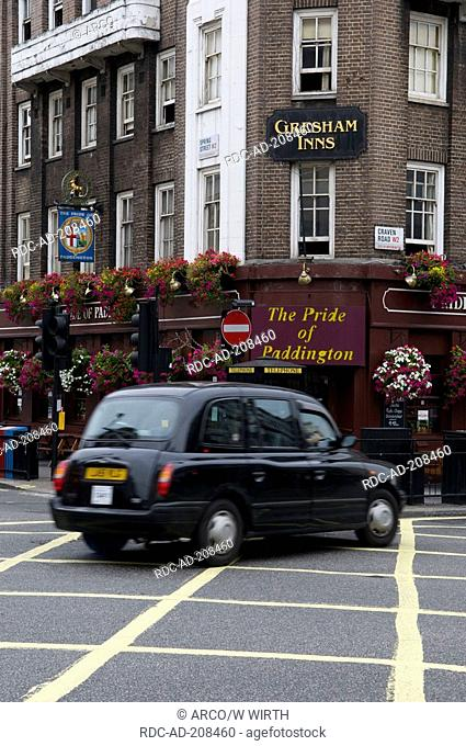 Taxi, pub 'The Pride of Paddington', London, England