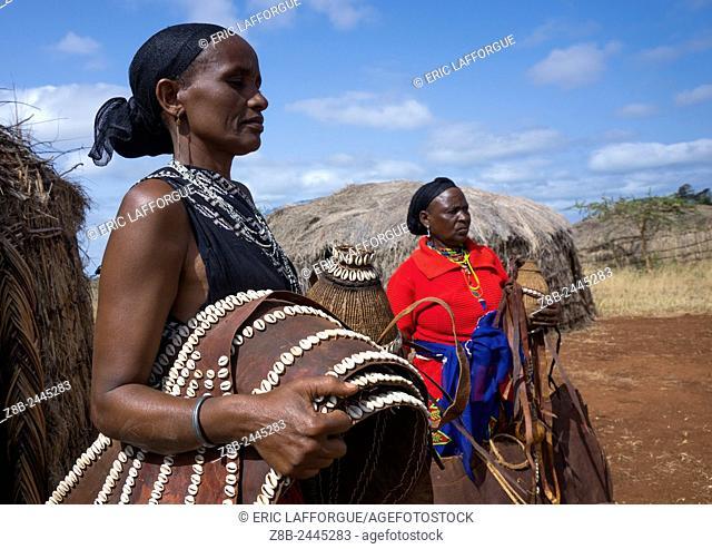 Borana Tribe Women Carrying Traditional Decoration, Chalbi Desert, Marsabit, Kenya