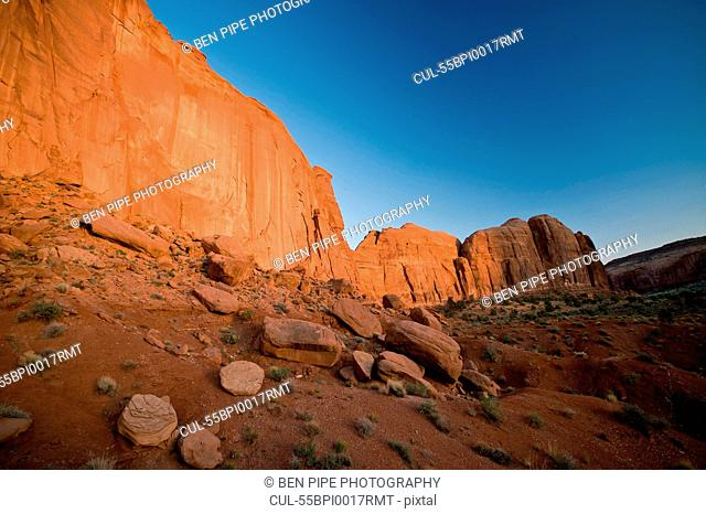 Monument Valley Navajo Tribal Park, Utah, USA