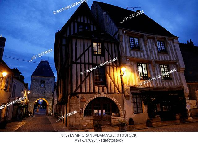France, Burgundy, department of Yonne, historic village of Noyers