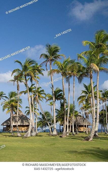 Huts, Yandup Island, San Blas Islands also called Kuna Yala Islands, Panama
