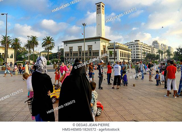 Morocco, Casablanca, Place Mohammed V, Wilaya, prefecture building of which is built by the architecte Marius Boyer in 1928