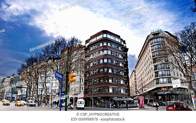 Taksim Hotels Area, Cumhuriyet Avenue