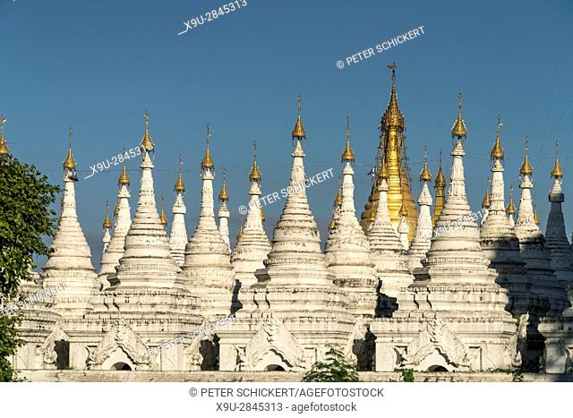stupas of the Sandamuni Pagoda, Mandalay, Myanmar, Asia