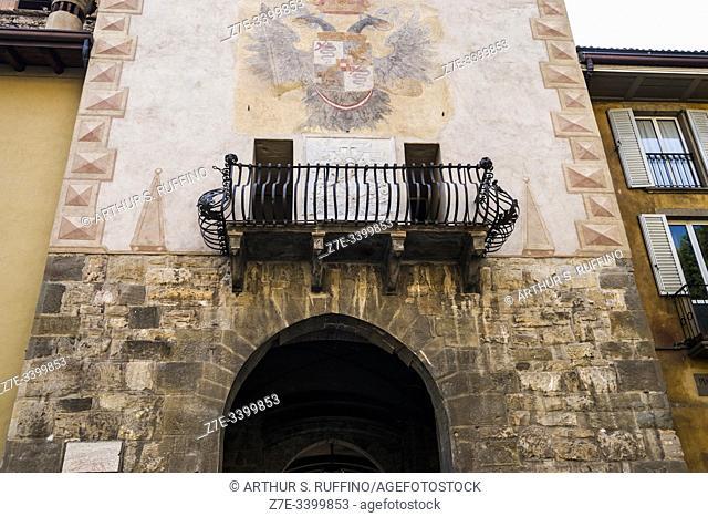 Torre della Campanella (Bell Tower), entrance gate to Cittadella. Piazza Mascheroni, Upper City (Città Alta), Bergamo, Lombardy, Italy, Europe