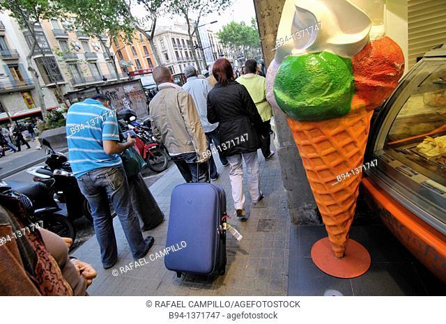 Ice cream shop, La Rambla, Barcelona, Catalonia, Spain
