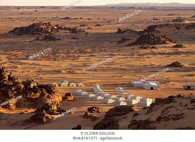 A tented camp in the Akakus, Fezzan desert, Libya, North Africa, Africa
