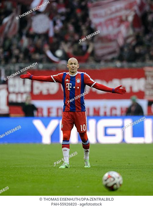 Bayern Munich's Arjen Robben reacts during the Bundesliga soccer match FC Bayern Munich vs Hamburger SV in Munich, Germany, 14 February 2015