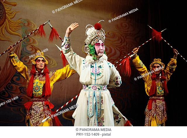 Female and male roles in Beijing Opera