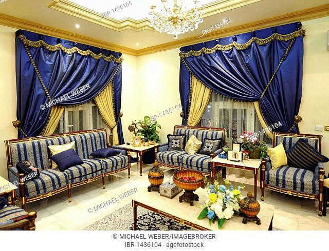 Indoor shot, luxurious reception area, Doha, Emirate of Qatar, Persian Gulf, Middle East, Asia