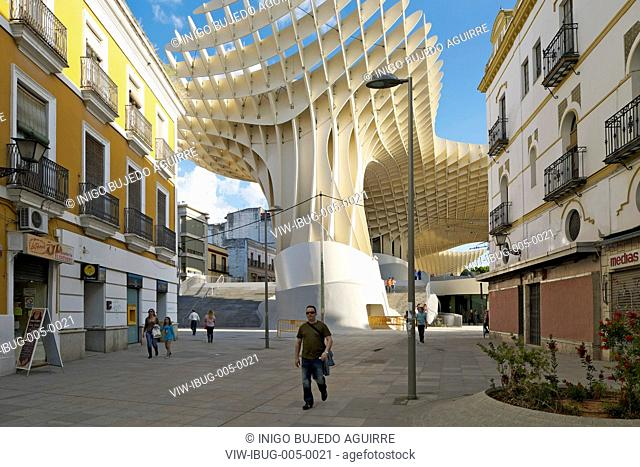 METROPOL PARASOL BY J MAYER H ARCHITECTS IN SEVILLA SPAIN. The parasol as seen from a near by streetSEVILLA, SPAIN, Architect