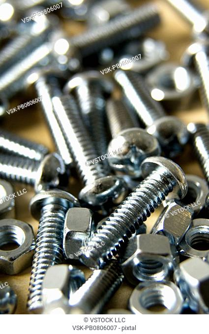 Screw bolt nut pattern